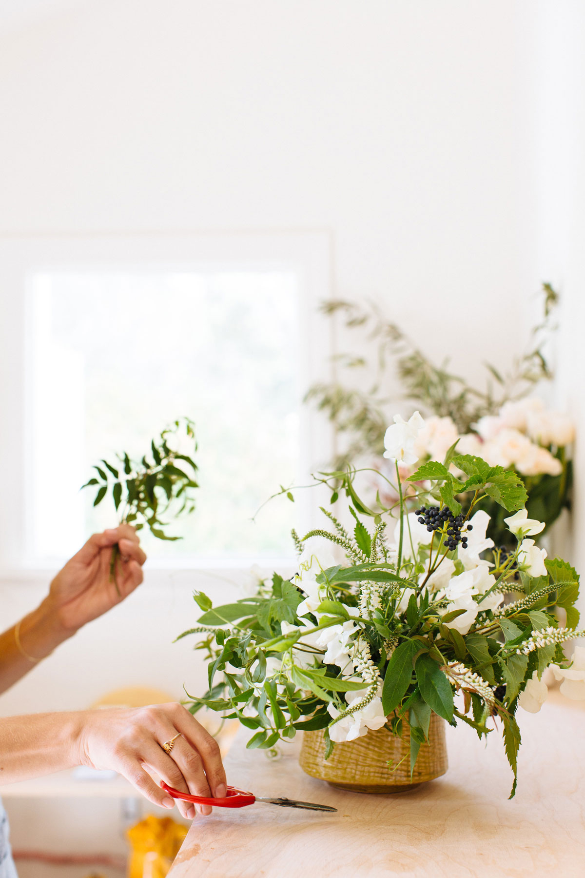 10 Insider Tips on Floral Arranging From a Pro
